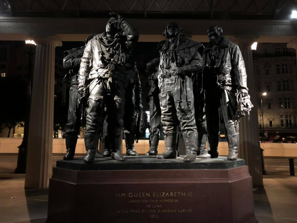 'The crew' at the Bomber Command memorial